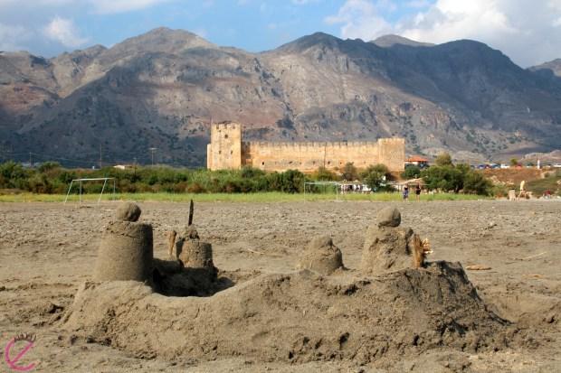 Un castello di sabbia...e il castello vero :)